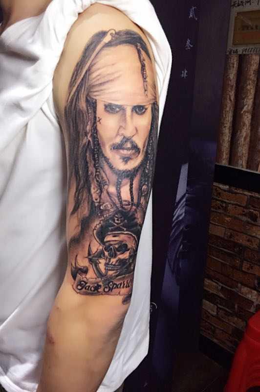 蚌埠黑子纹身店旺仔老师作品杰克船长图片