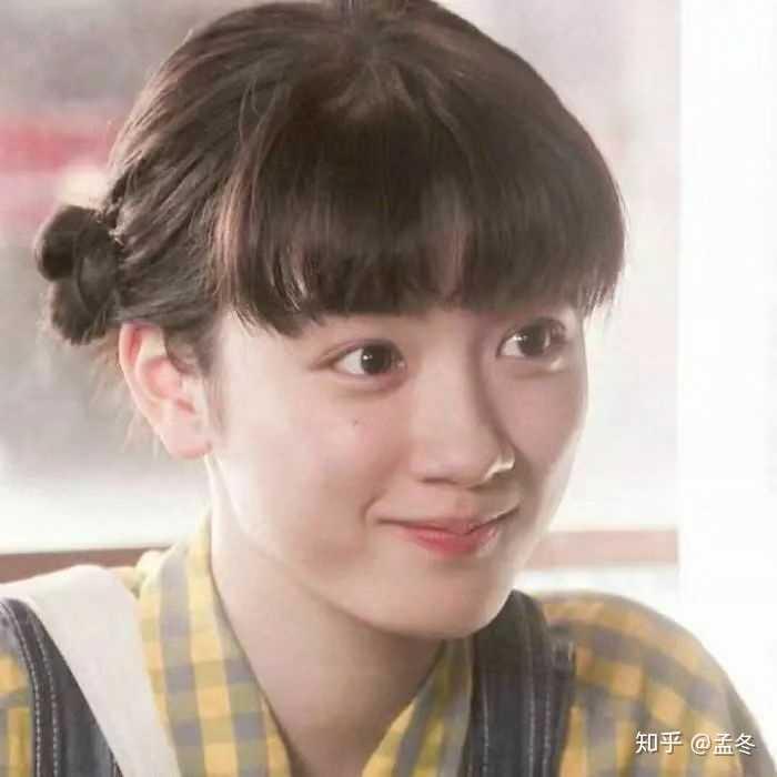 有没有笑的很甜很可爱的照片适合做女生头像?