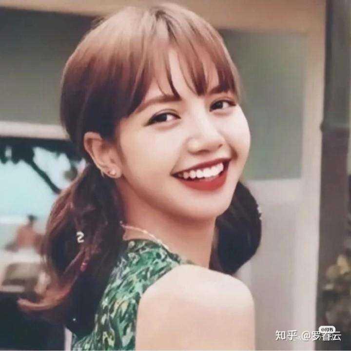 为什么lisa总是有刘海?图片