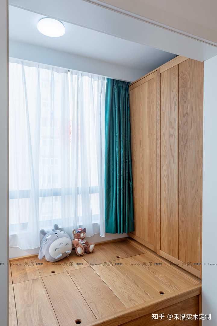 未装修的房间电位尽量避开榻榻米,如果需要预留,电位下方高于地板500