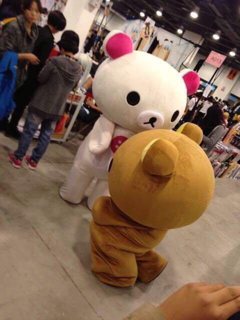 嗯,本熊是帝都北京的,章鱼出没于国家议中心里的大型漫展,cn马甲烧吊带皮情趣装女王常年图片