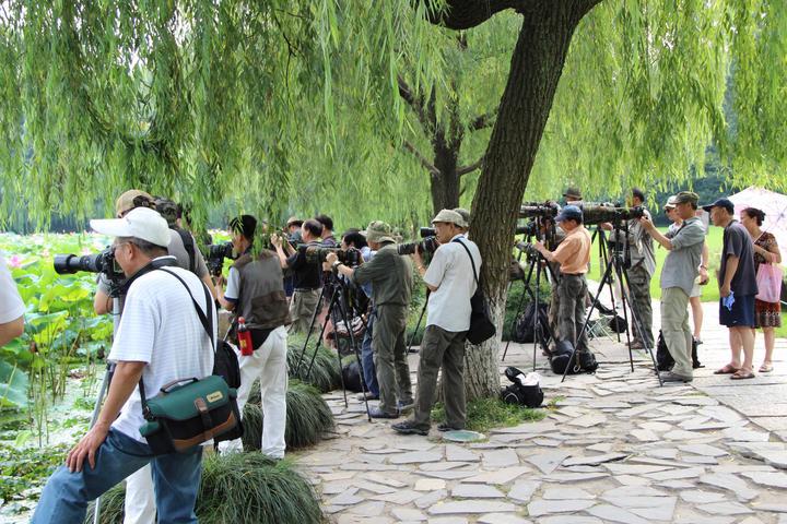 成都与杭州作为「休闲城市」有哪些差别?