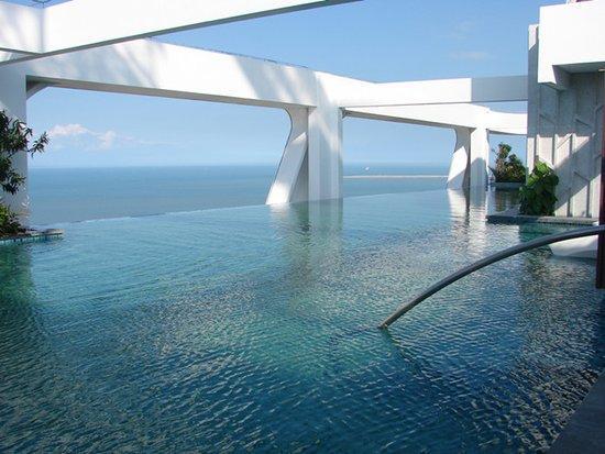 屋顶泳池_国内建筑有考虑屋顶游泳池?