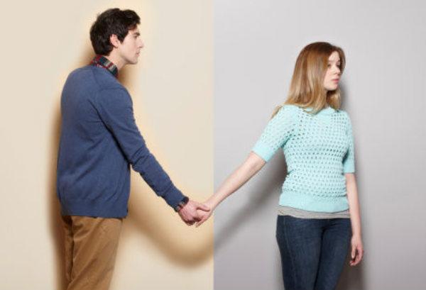 夫妻两人感情不好,分居十年,如果离婚需要两个人一起去吗?