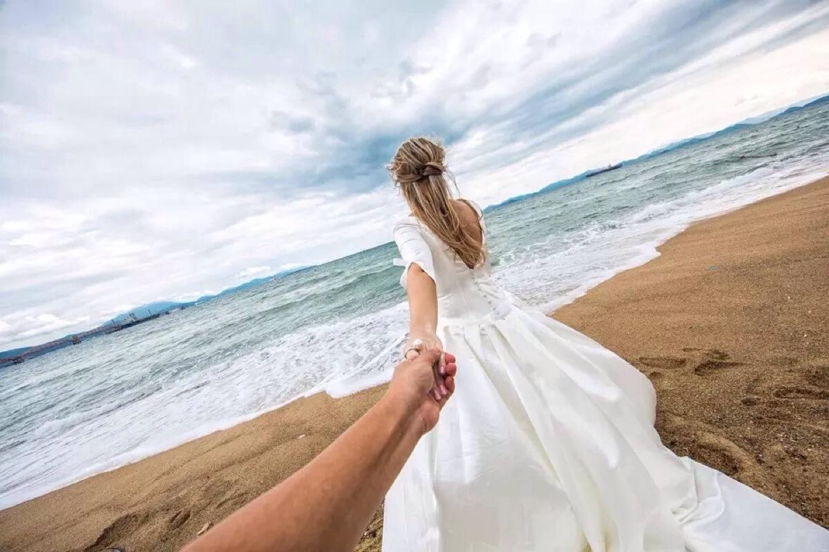 想要与众不同的旅拍婚纱照 | 那么2018这些婚纱流行趋势你知道么