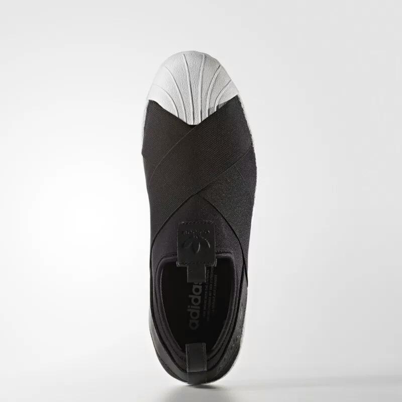有哪些小学舒服、样式好看的内衣运动鞋品牌/女生女生穿图片穿着的图片