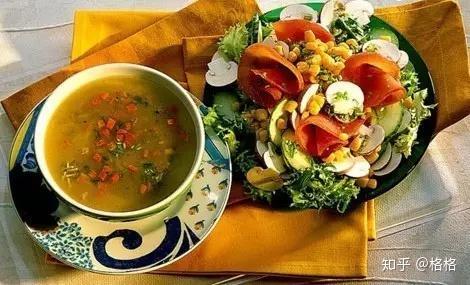 晚餐吃鸡蛋减肥吗_减肥晚餐你能吃的肉类有:鸡胸肉,鱼肉,虾肉,牛肉,另外鸡蛋蛋白和大