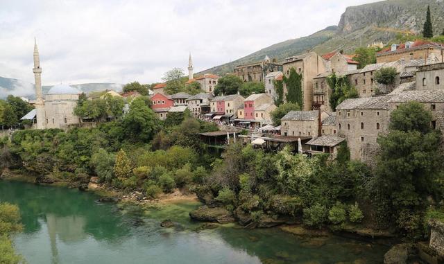 黑山护照移民这些条件要满足 优势多多