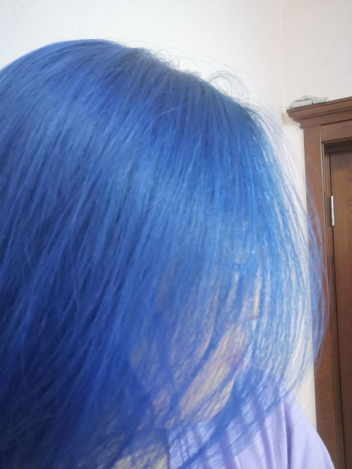 那些被染成二次元色或者浅色系的头发,后来怎么样了?图片