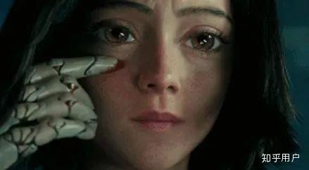 另外违和点是这个阿丽塔的某些微表情实在有些 西化 ( 当然她的模特图片