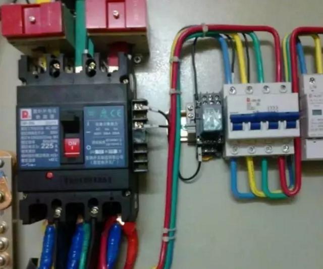 浪涌保护器接线图安装方法及注意事项