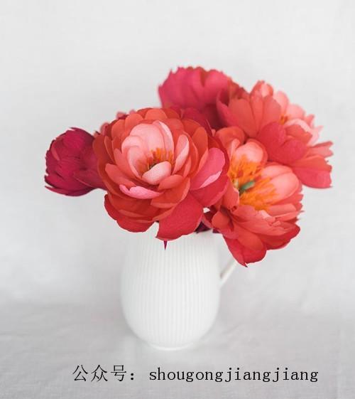 皱纹纸做的牡丹花