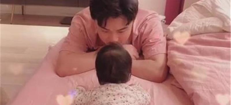 陈赫二胎得女+视频