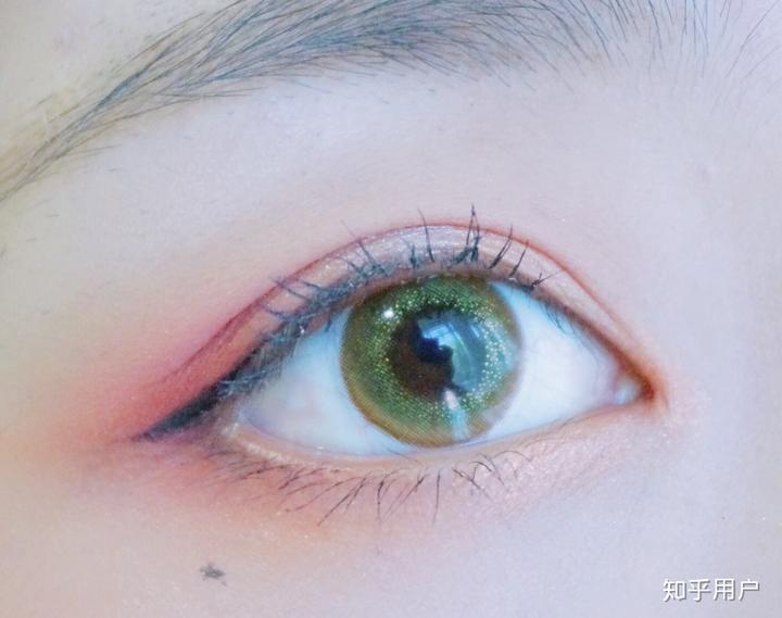 有双漂亮的眼睛是怎样的体验?