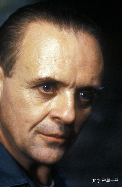 托马斯·哈里斯_《沉默的羔羊》是一部改编自托马斯·哈里斯同名小说的惊悚电影,由