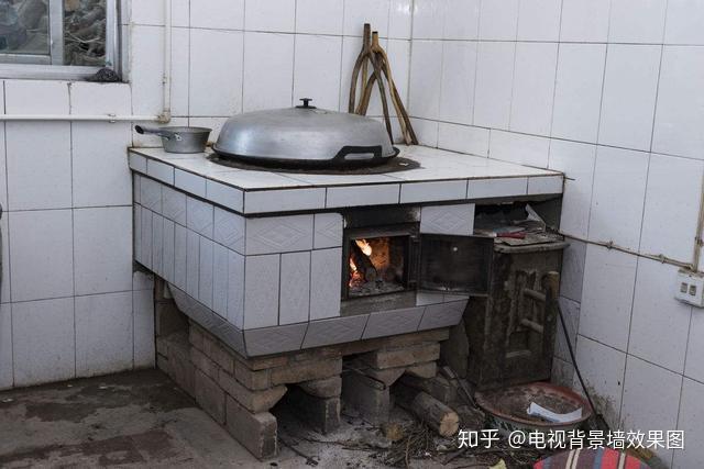 农村还再装暖气?浪费,如今这种新式灶台,做饭取暖都能图片