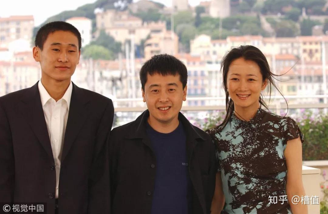 2002年5月23日,第55届戛纳电影节,贾樟柯,赵涛出席《任逍遥》首映式看电影电视剧用什么播放器好图片