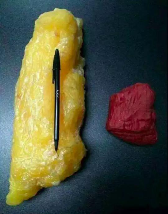 1磅脂肪(左)和1磅肌肉(右)对比,一磅约400g