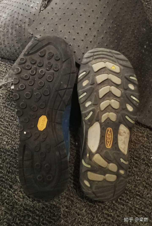 如何解决登山鞋头太硬,下山顶大拇指的问题?