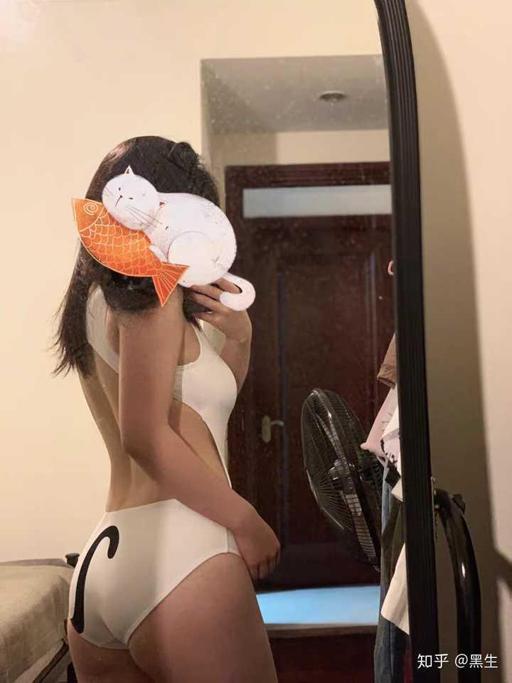 [涨知识]女生如何选择合适自己的泳衣?48