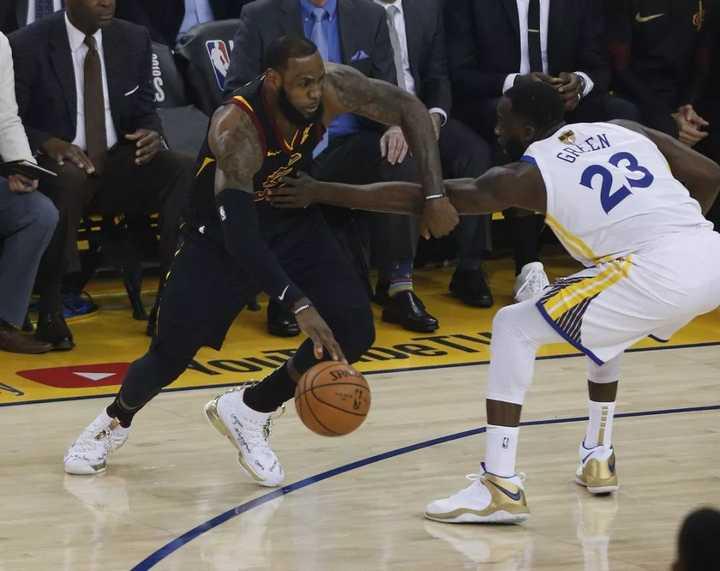如何评价 NBA 17-18 赛季总决赛 G1 骑士加时 114:124 勇士,总分勇士 1:0?