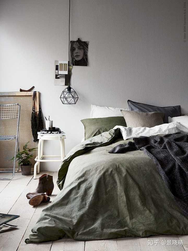 床头两边一定要放床头柜吗?
