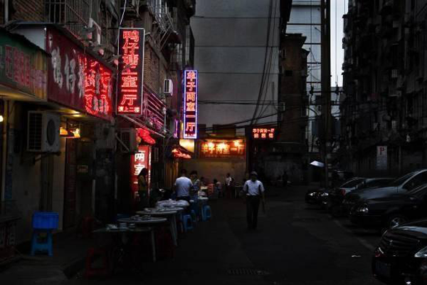 南昌小吃街哪里最出名(南昌有哪些小吃街呢)