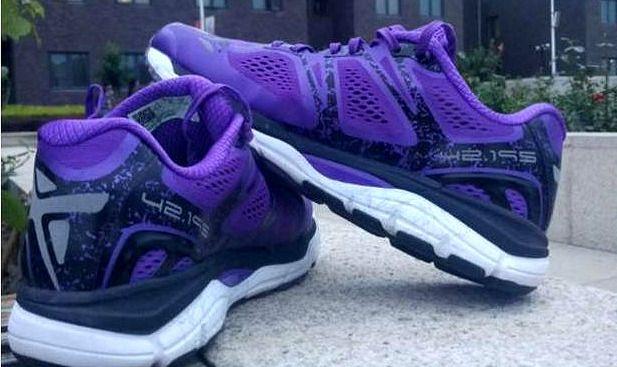 便宜的跑步鞋有哪些(便宜的跑步鞋去哪买)