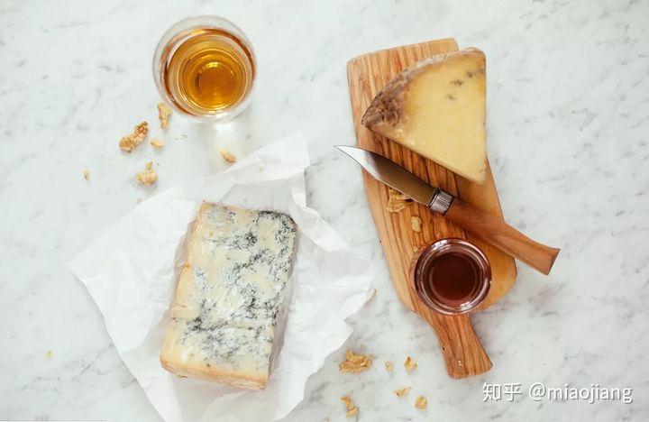 俄夸克奶酪:奶酪可以葡萄酒搭配吗?味道怎么