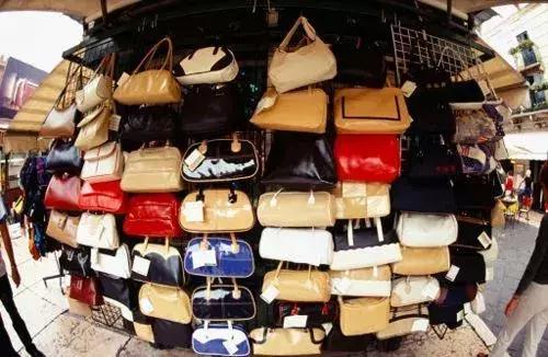 海外奢侈品代购靠谱吗(奢侈品代购网站哪个好)