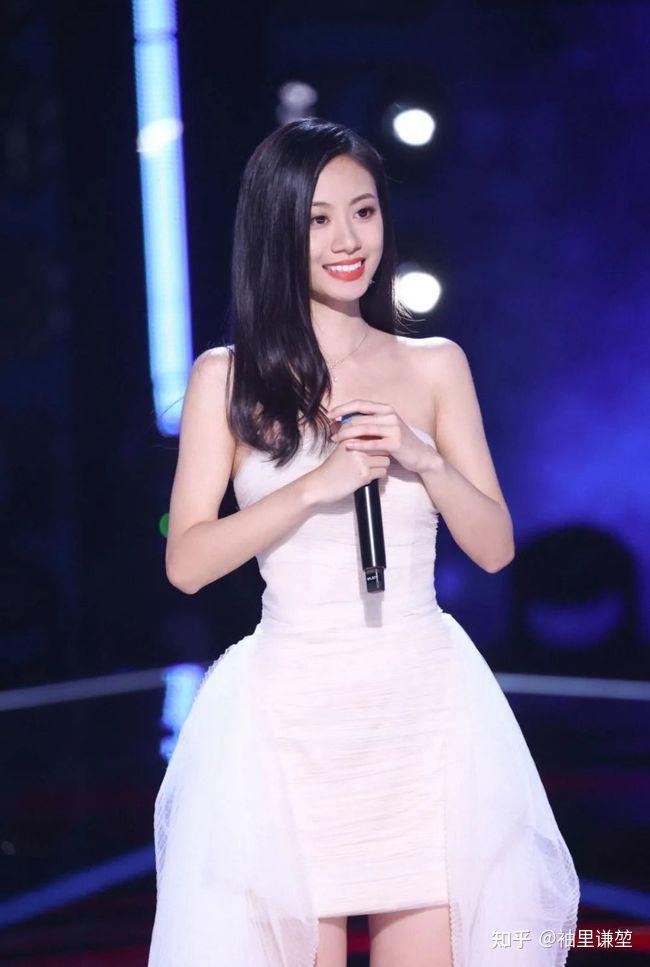 如何评价2021年中国好声音冠军伍珂玥?