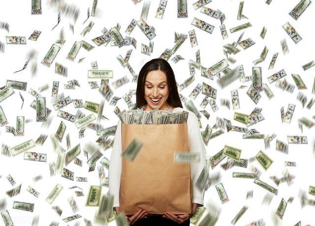 生活中不如意的事情很多,唯独最缺的还是钱!物不物质先搁置不说