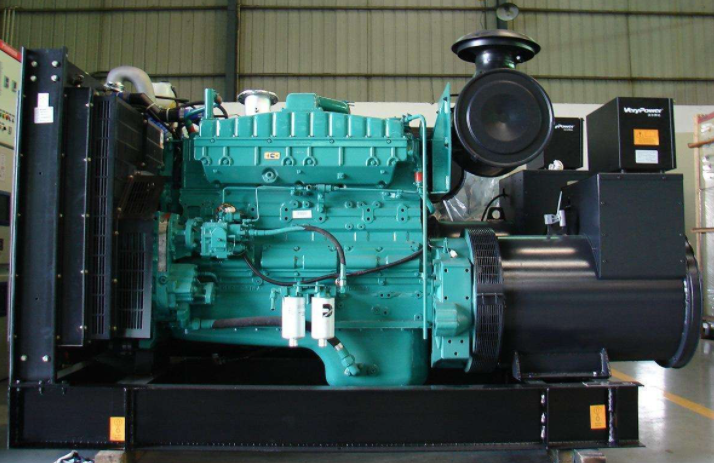 济柴柴油发电机组品牌+济柴发电机OEM厂家和玉柴柴油发电机组OEM厂家哪个比较好?