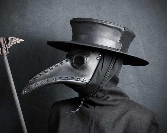 黑死病与鸟嘴面具