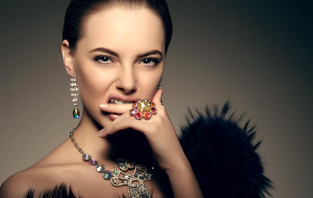 """共享珠宝陷押金泥潭,""""一起戴""""为何能成为行业标杆?"""