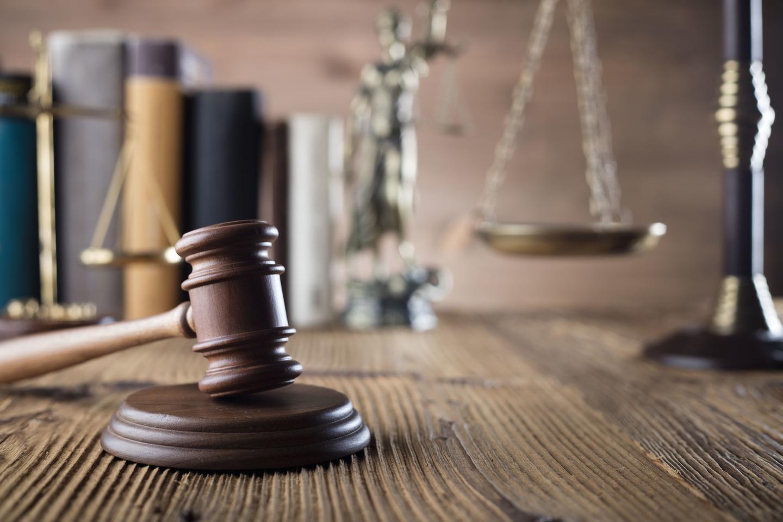 微博博主转载知乎问答被判侵权,两被告共同赔偿八千元