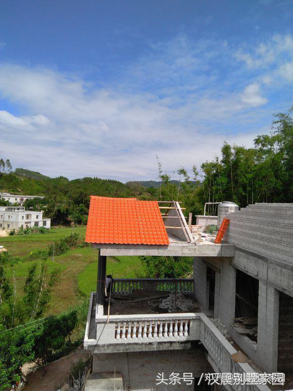 廣西加層建房記:老房子變山景別墅,7萬搞定,全村人都