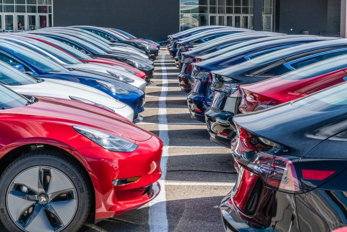 全球电动领跑者!挪威9月新车交付纯电动45%插电式60%