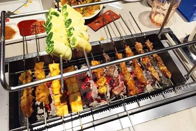 小炉子烤串_中国哪地方的烤串最好吃? - 知乎