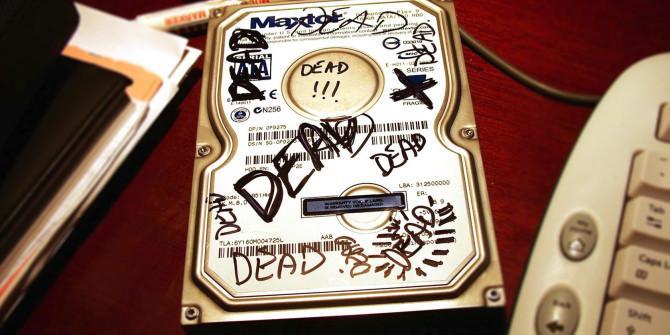 硬盘忽然掉电会损坏硬盘和数据吗?