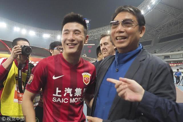 一座城两支队三代人 徐根宝20年撑起上海足球精神图腾