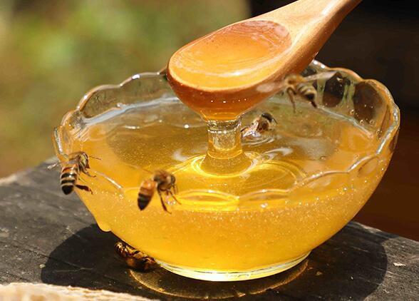 在胃死後,吃�後喝大哥蜂蜜?蜂蜜喝什@ 麽�r候?