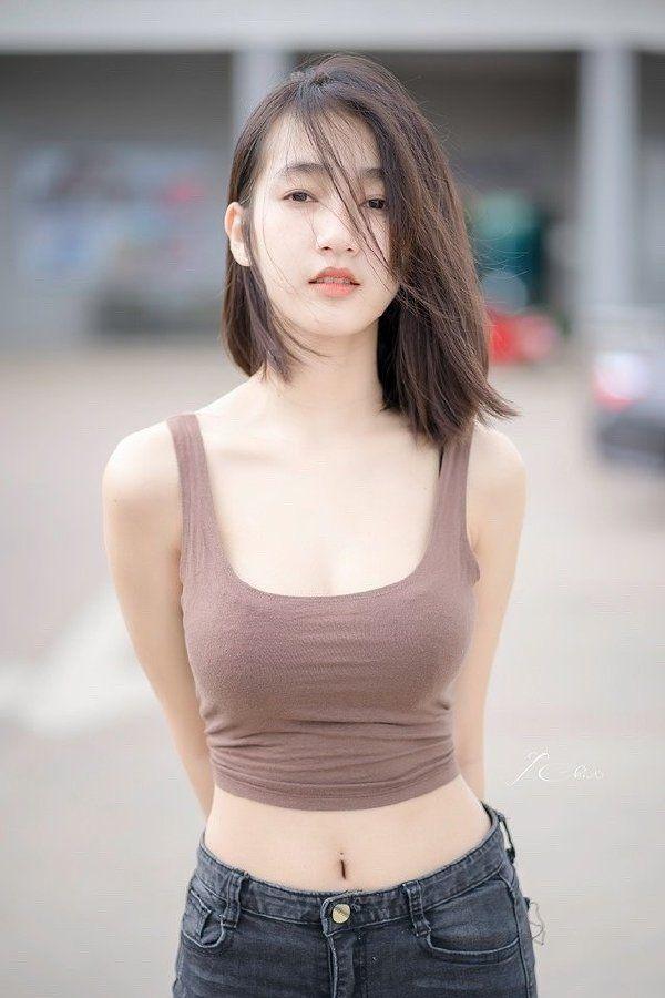 女生不穿胸罩如何避免露点? - 知乎