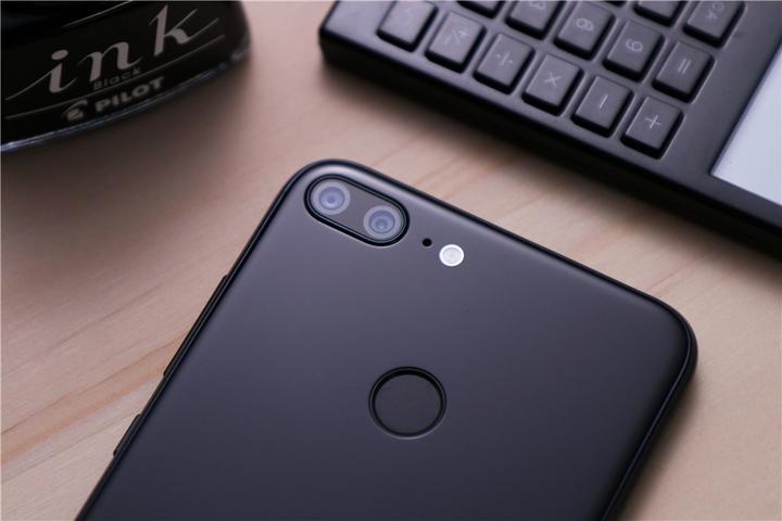 华为手机<a target=_blank href='http://www.dghoppt.cn/'><b>电池</b></a>