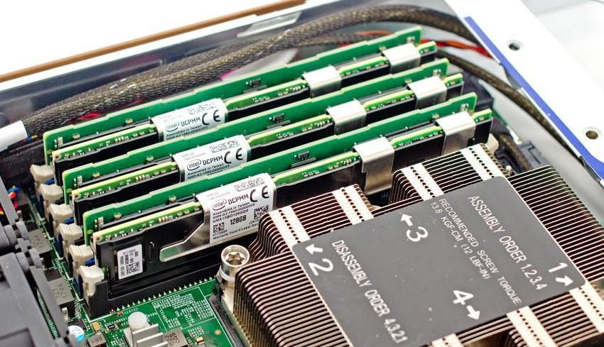 Optane DIMM写速度比SSD慢?内存接口可能并非完美