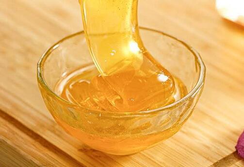 蜂蜜在很长一段时间后被吃掉了,你能吃吗?蜂蜜很长一段时间了吗?
