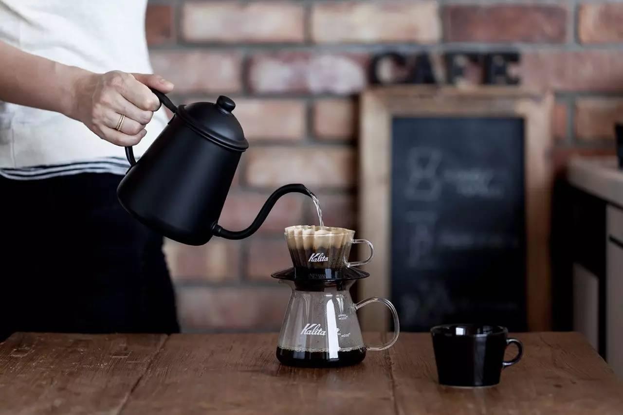 为什么喜欢手冲咖啡的人越来越多?