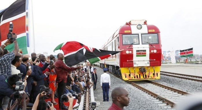 地缘政治(13):如何评价中国修建肯尼亚首都内罗毕到东非第一大港蒙巴萨的蒙内铁路?│脫苦海