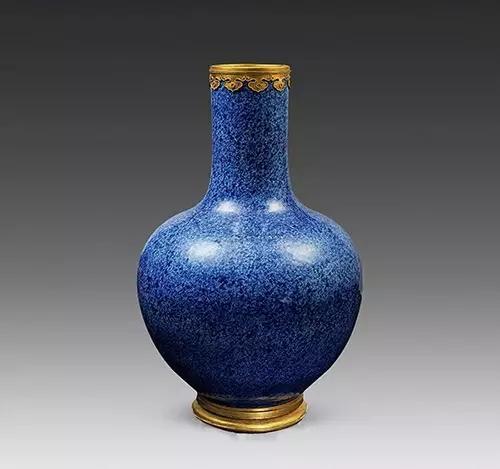 宋代青花蒜头瓶_瓷器器型的种类 - 知乎