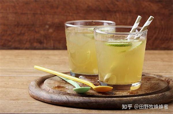 冬季饮料蜂蜜水好吗?哪个蜂蜜在秋天和冬天喝酒?